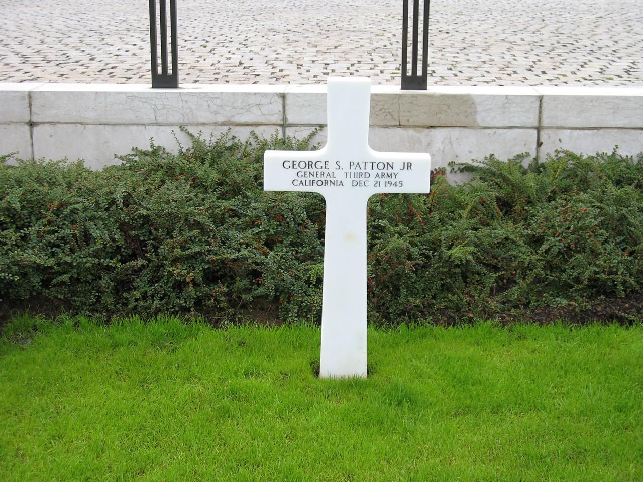 George S. Patton General_George_S._Patton_gravesite,_Luxembourg