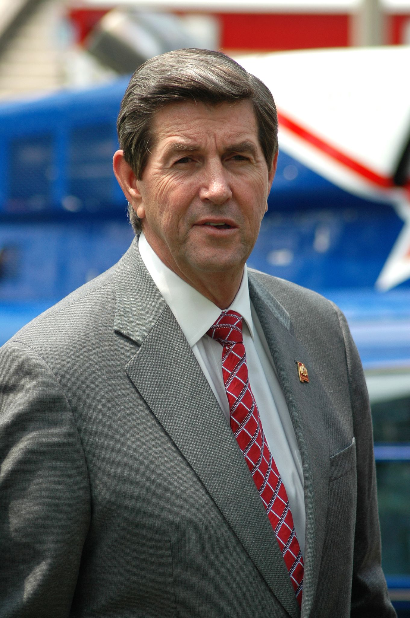 Photo of Bob Riley