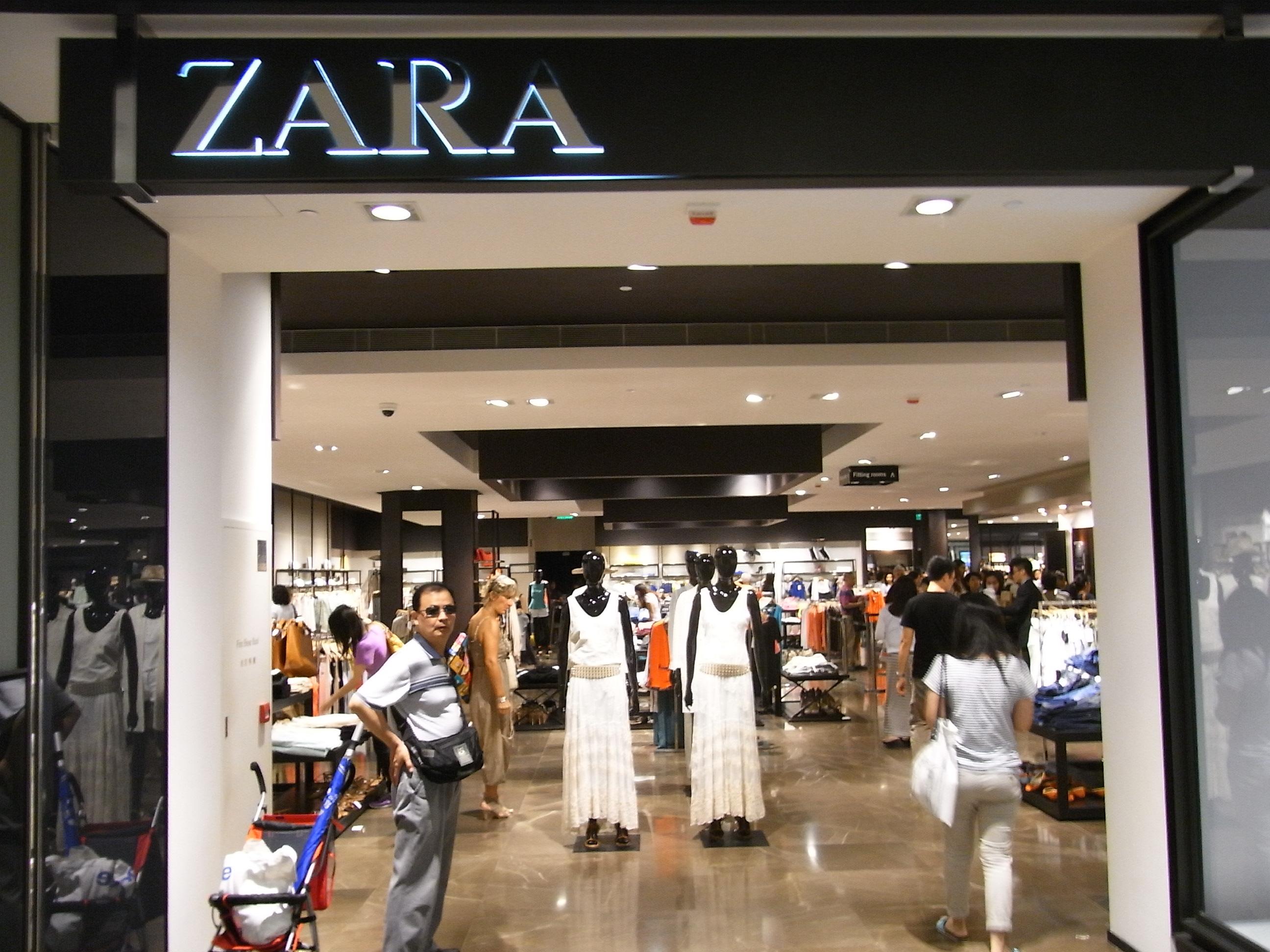 Zara at Fashion Valley - A Shopping Center in San Diego, CA - A 45