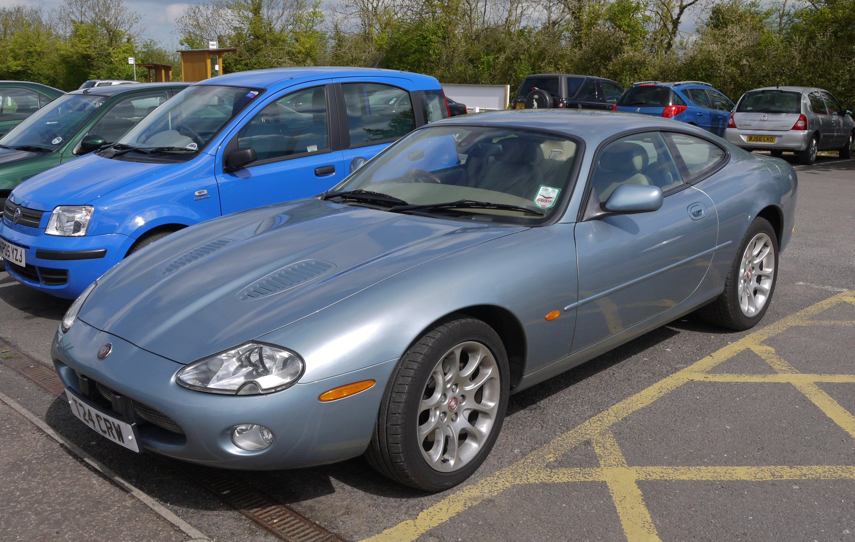 File:Jaguar XKR 2002   Flickr   Mick   Lumix