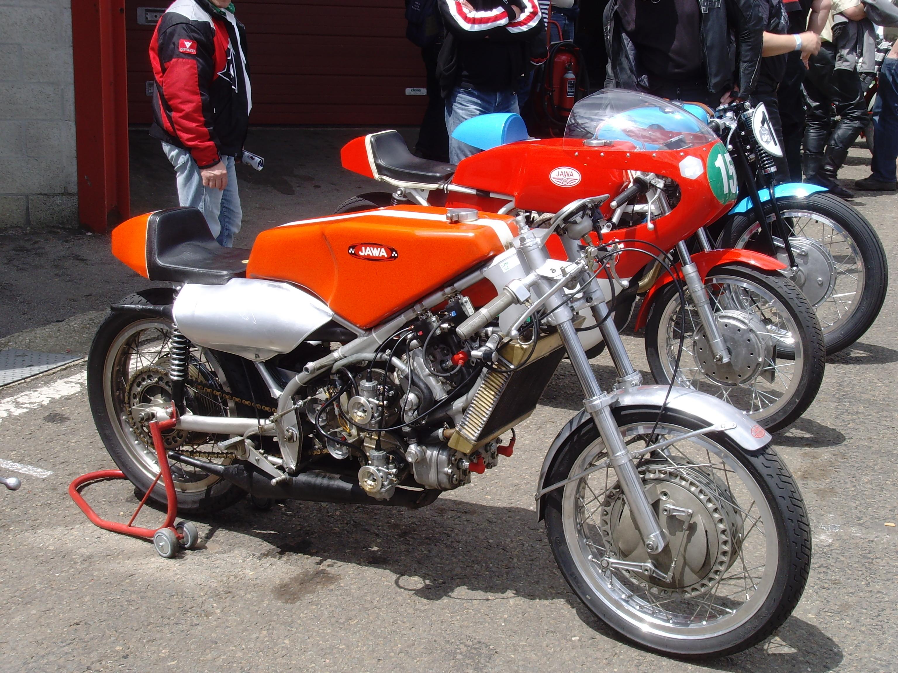 Moto Gp V F1 Car