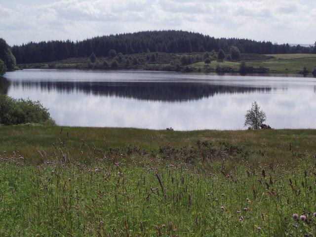 Loch Rusky - geograph.org.uk - 202001.jpg