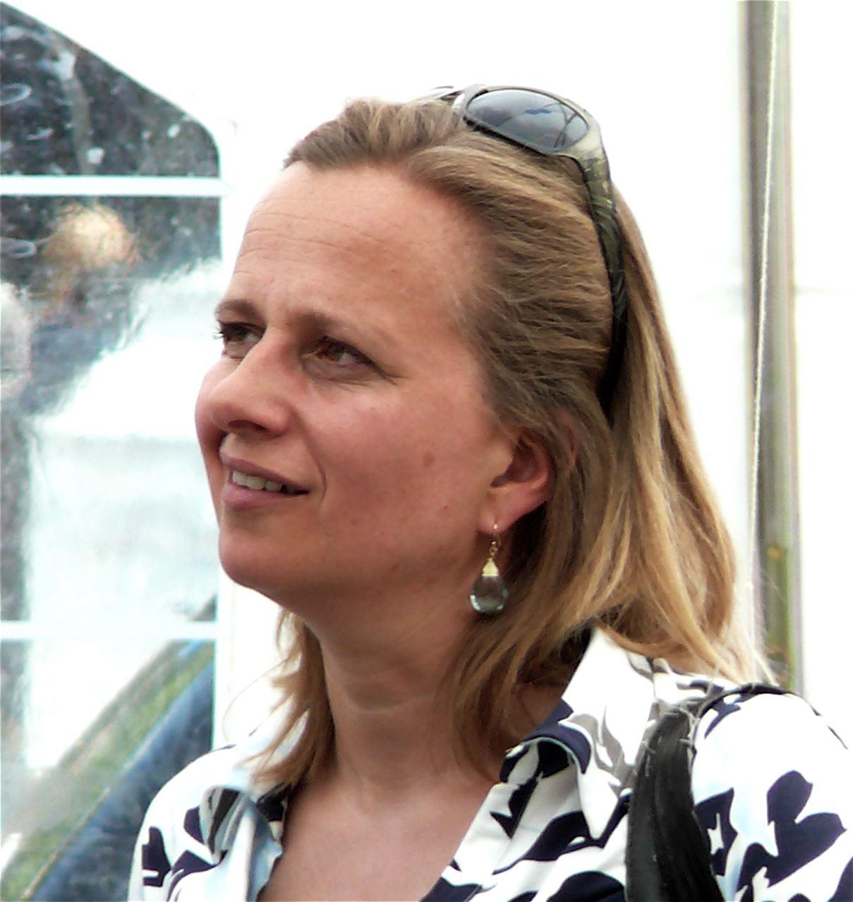 Louse Wies Sija Anne Lilly Berthe van der Laan net worth