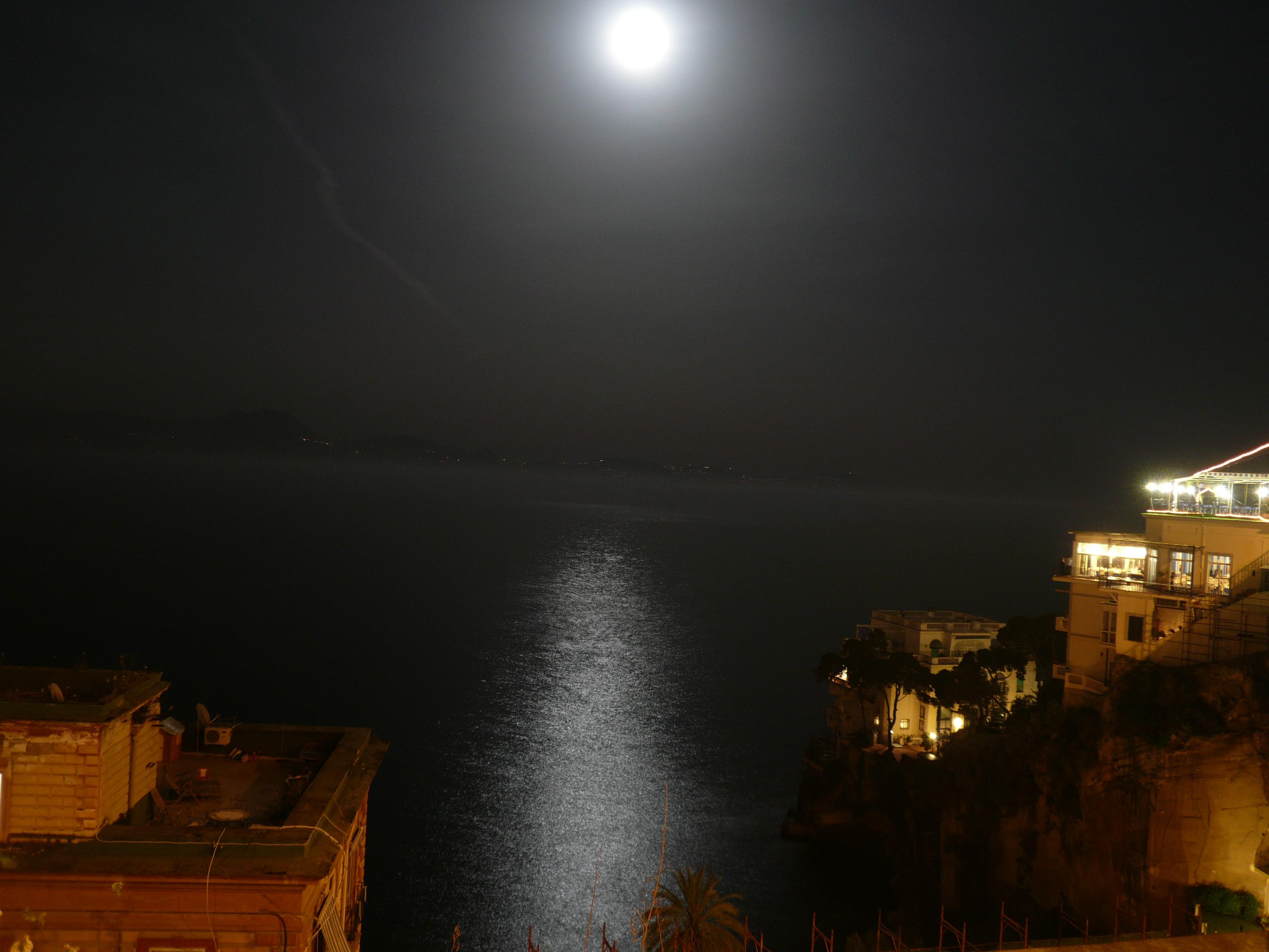 Description mare luna