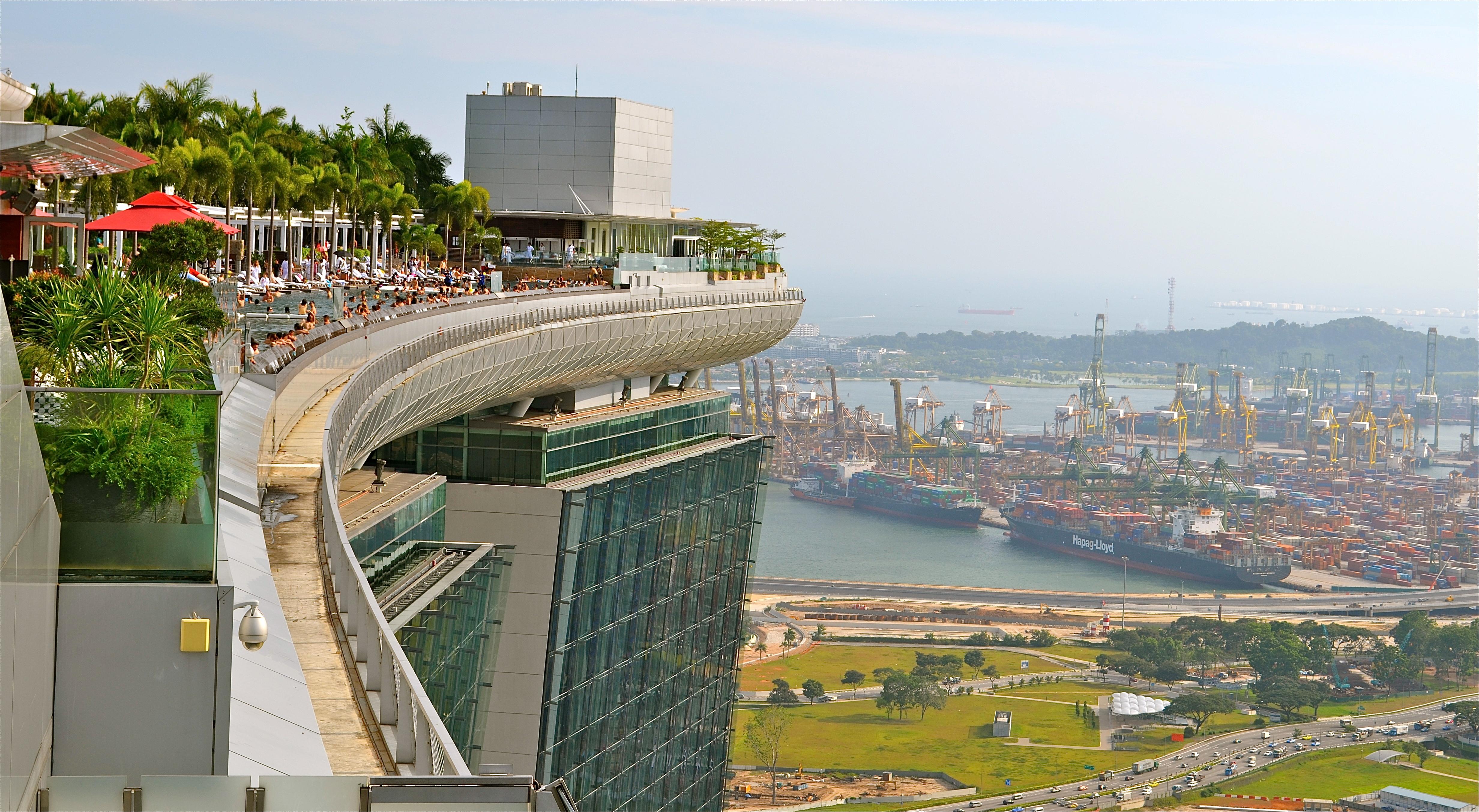 Hotels Near Marina Bay