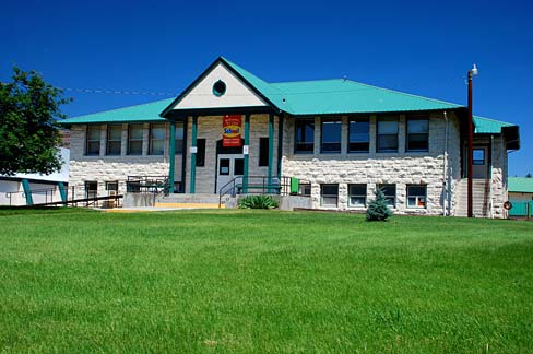 Monument School