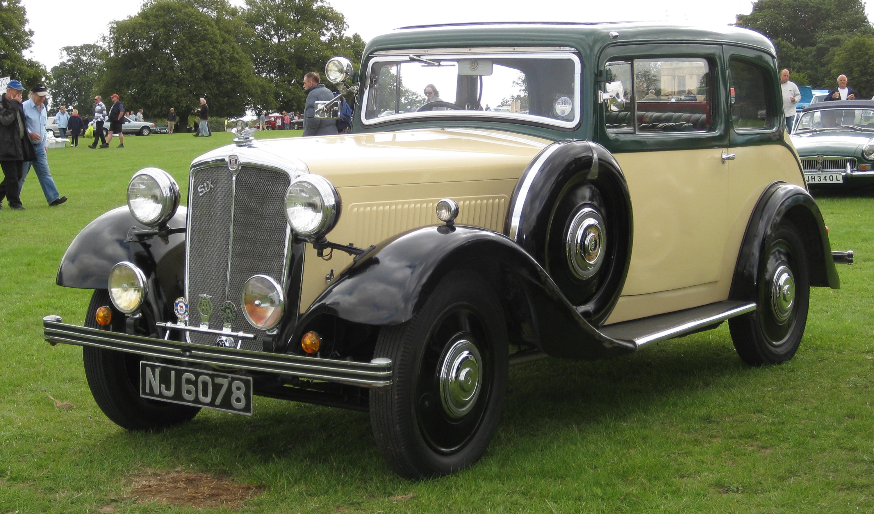 Una Morris Cowley Six Del 1935
