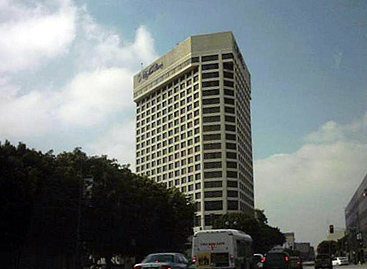 Doubletree by hilton hotel los angeles downtown wikipedia for Garden suite hotel los angeles