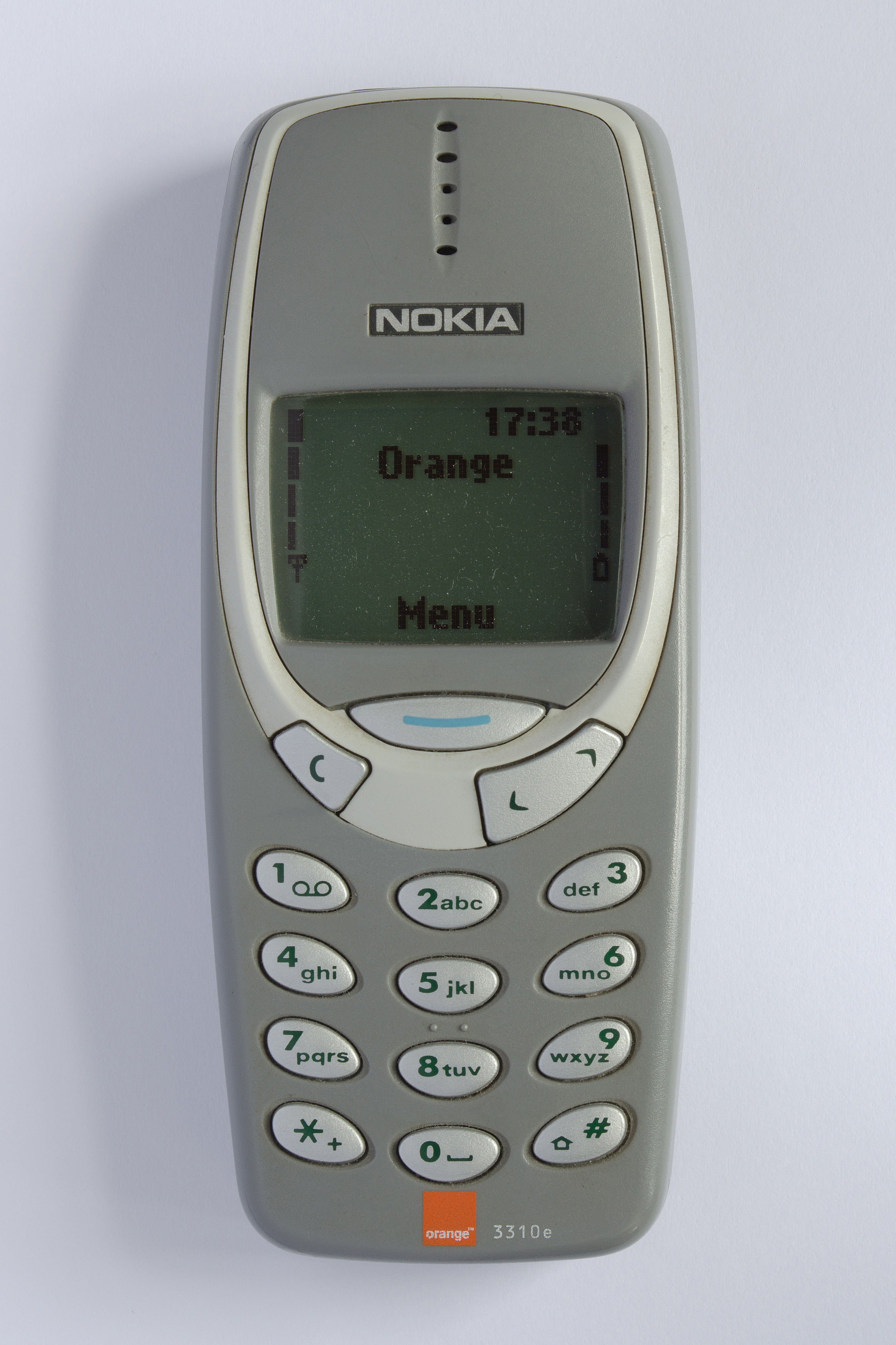 File:Nokia 3310 grey front.jpg - Wikimedia Commons