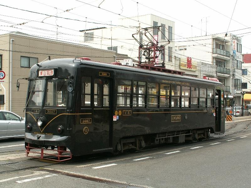 Okayama tram 3007 20070505