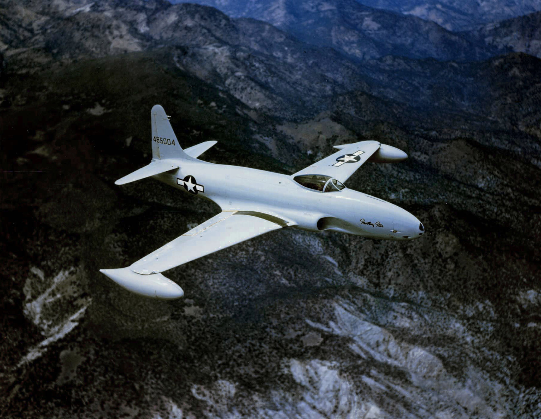 A U.S. Air Force Lockheed P-80A-1-LO Shooting Star (s/n 44-85004) in flight.