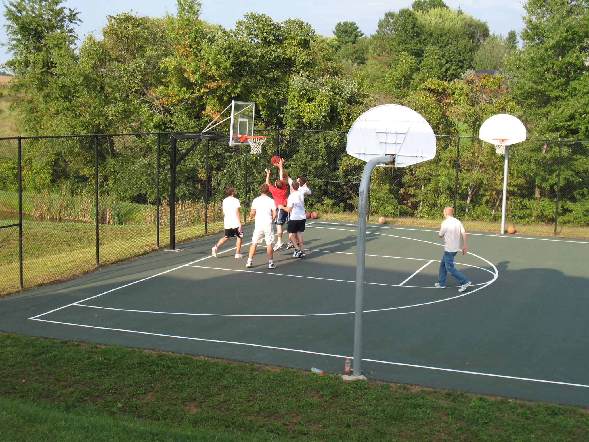 How to make a diy backyard basketball court for How to build your own basketball court