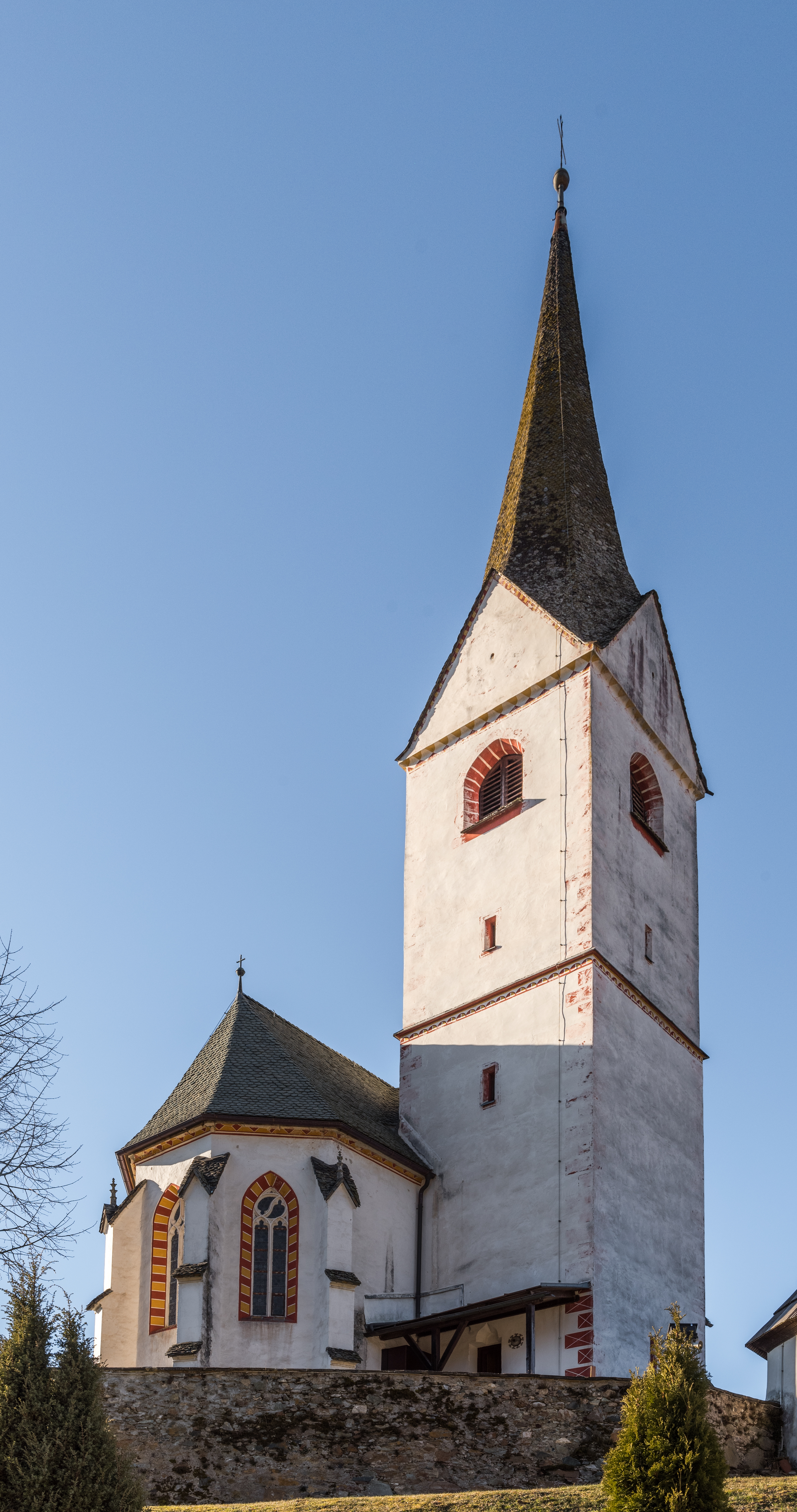 File:Poggersdorf Pfarrkirche hll. Georg und Jakobus major S