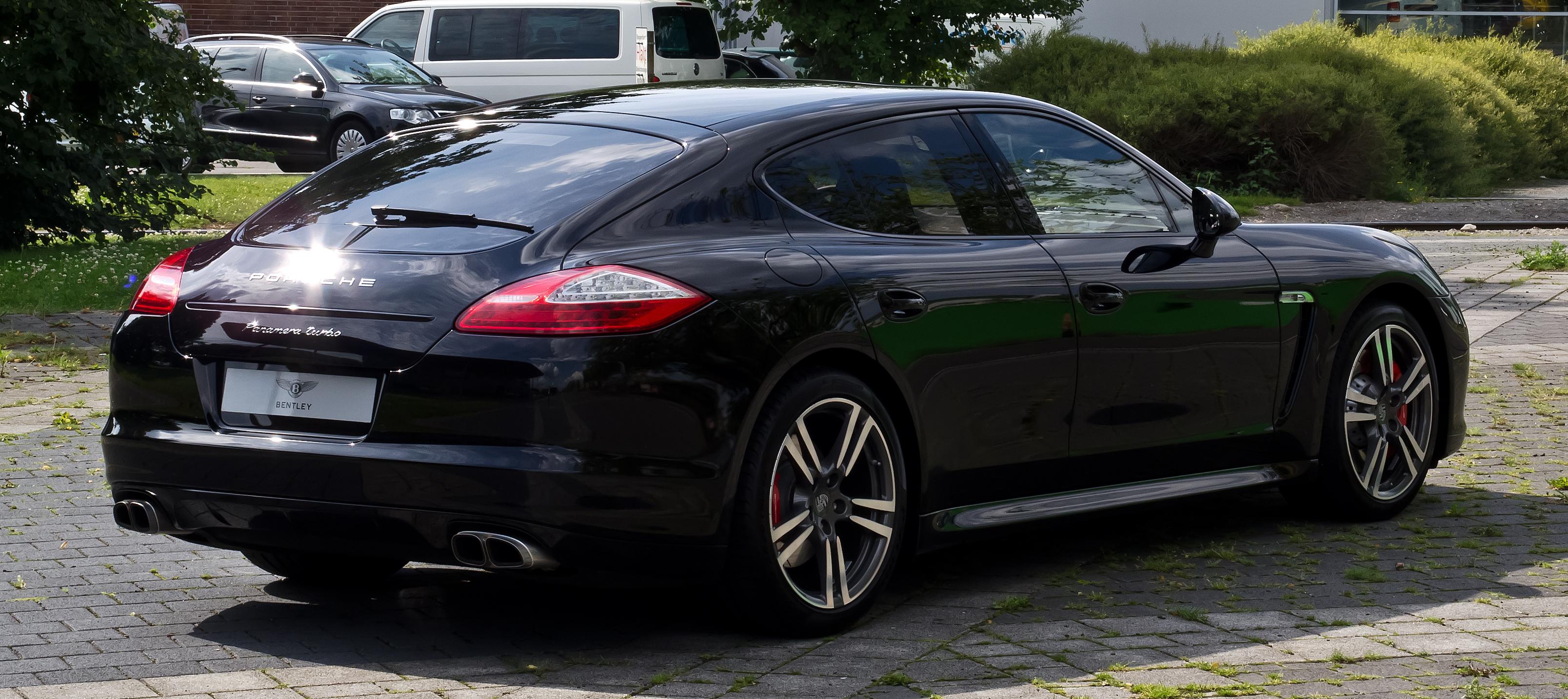 File Porsche Panamera Turbo 970 Heckansicht 18 Juli