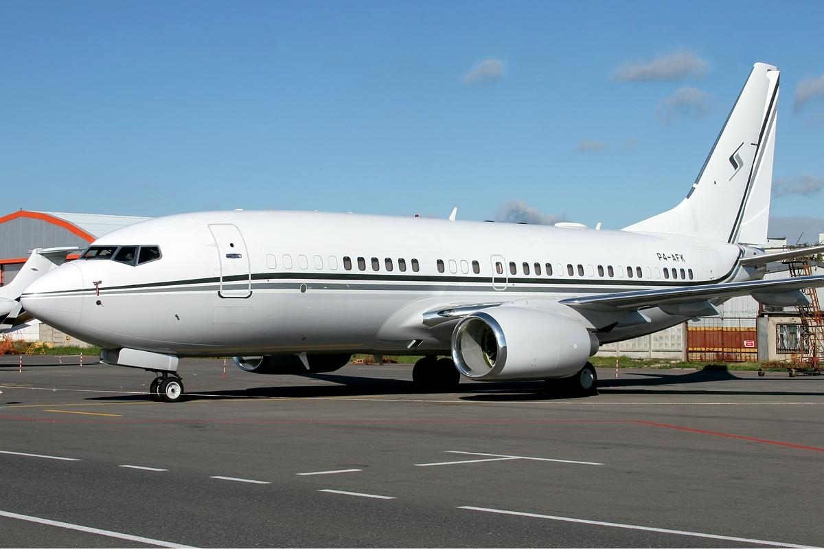 file premier avia boeing 737 700bbj vekony jpg wikimedia commons