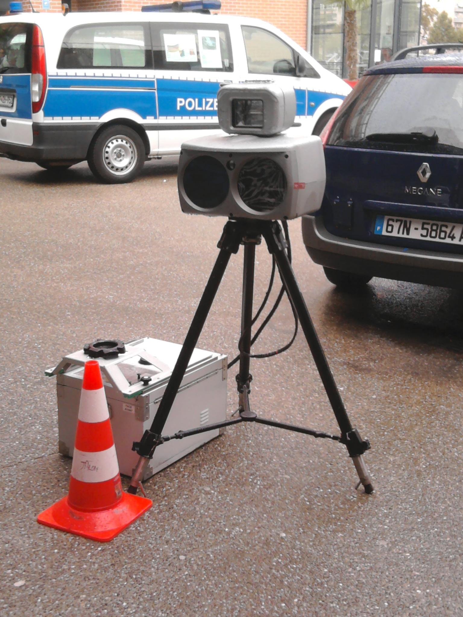 SERVICE [encore] PUBLIC - Page 6 Radar_police_nationale_Strasbourg