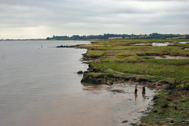 River Orwell foreshore - geograph.org.uk - 493221