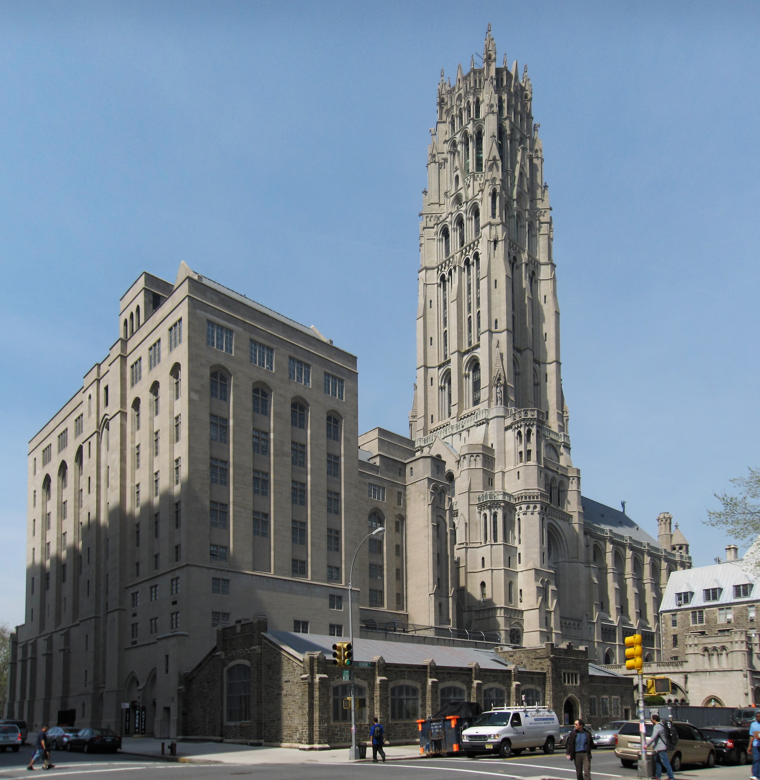 Manhatten New York: Check Out The Grandiose Riverside Church In New York City