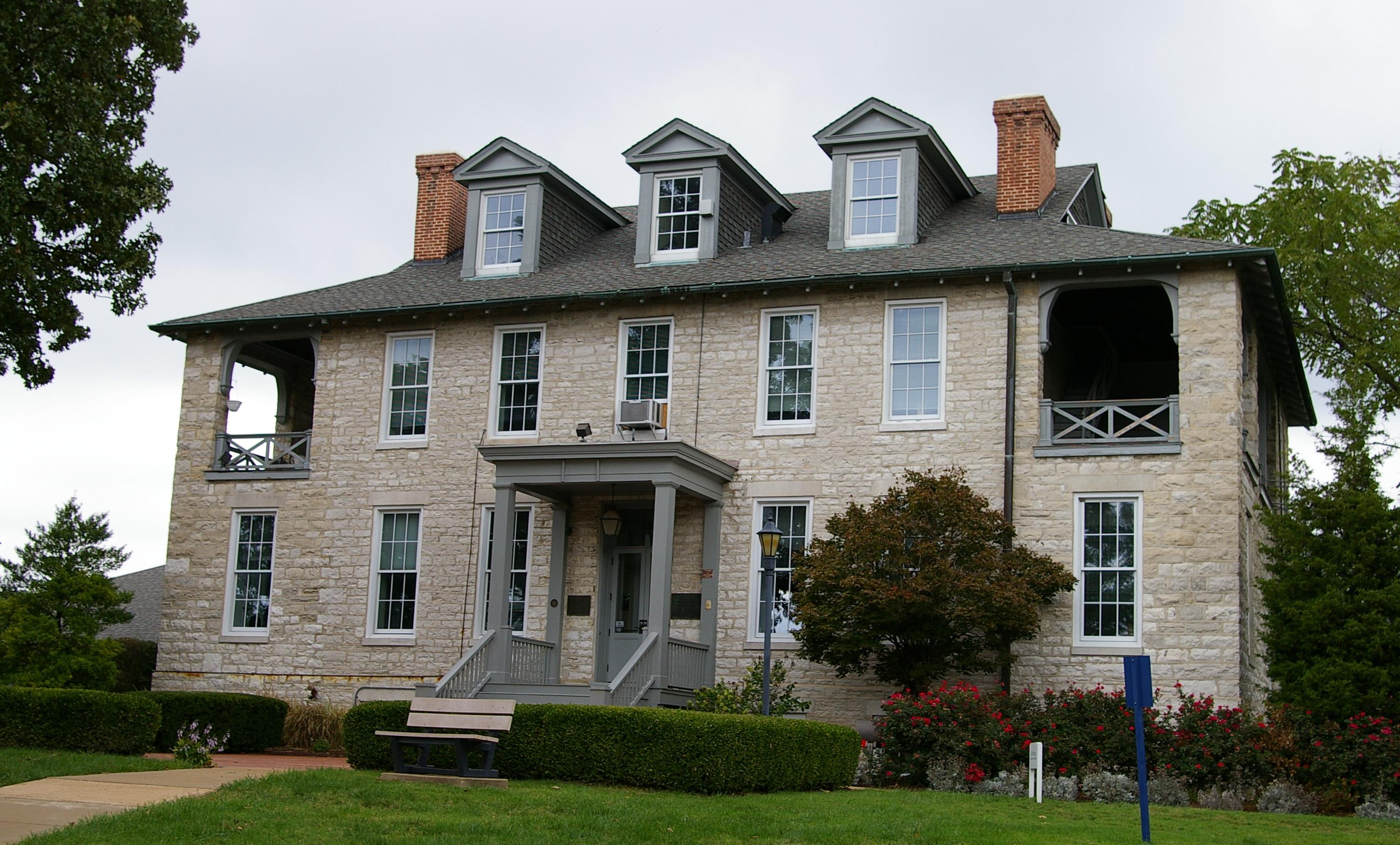 Description Rock House.JPG