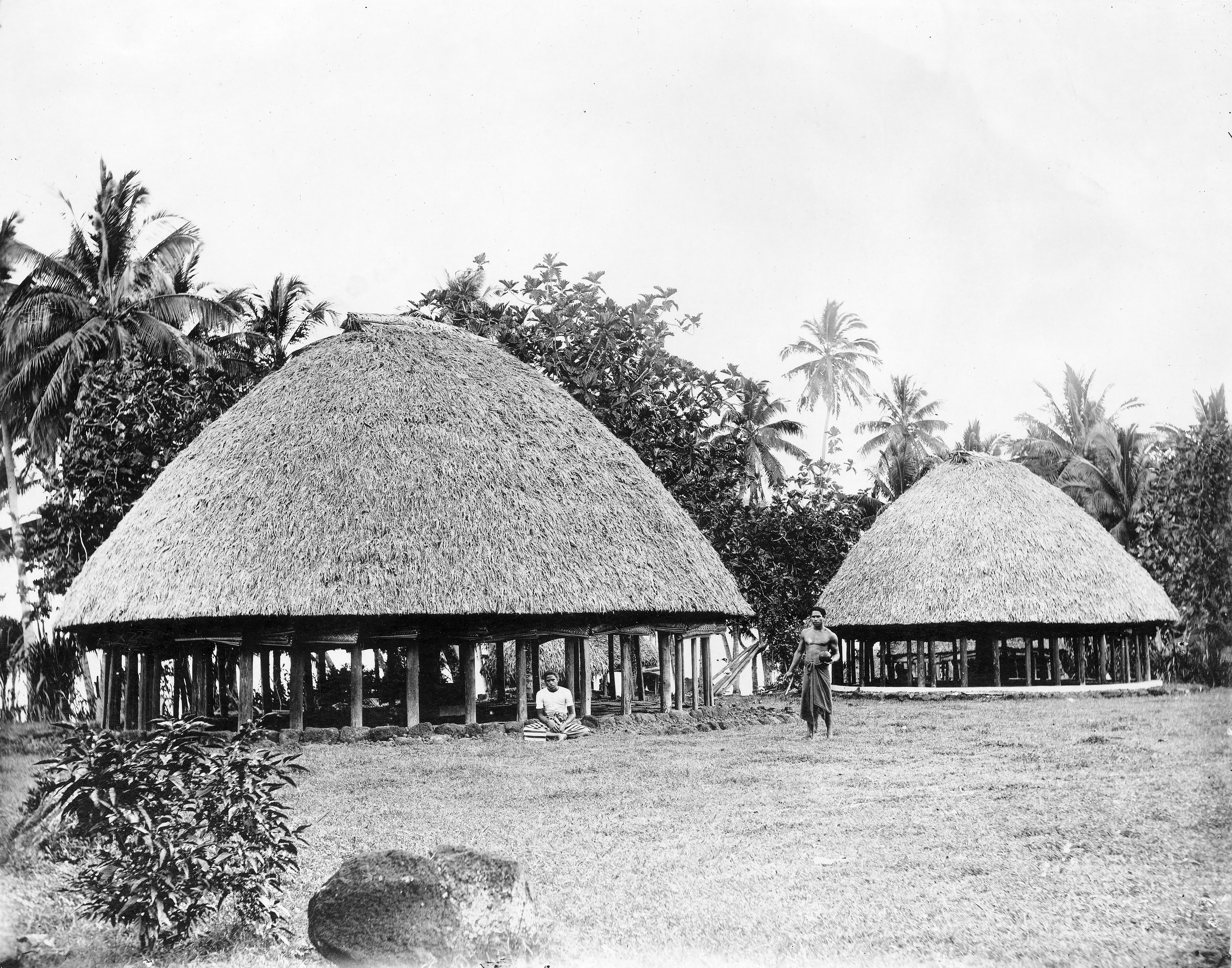 File:Samoa houses circa 1930s-photographer and location unknown.jpg