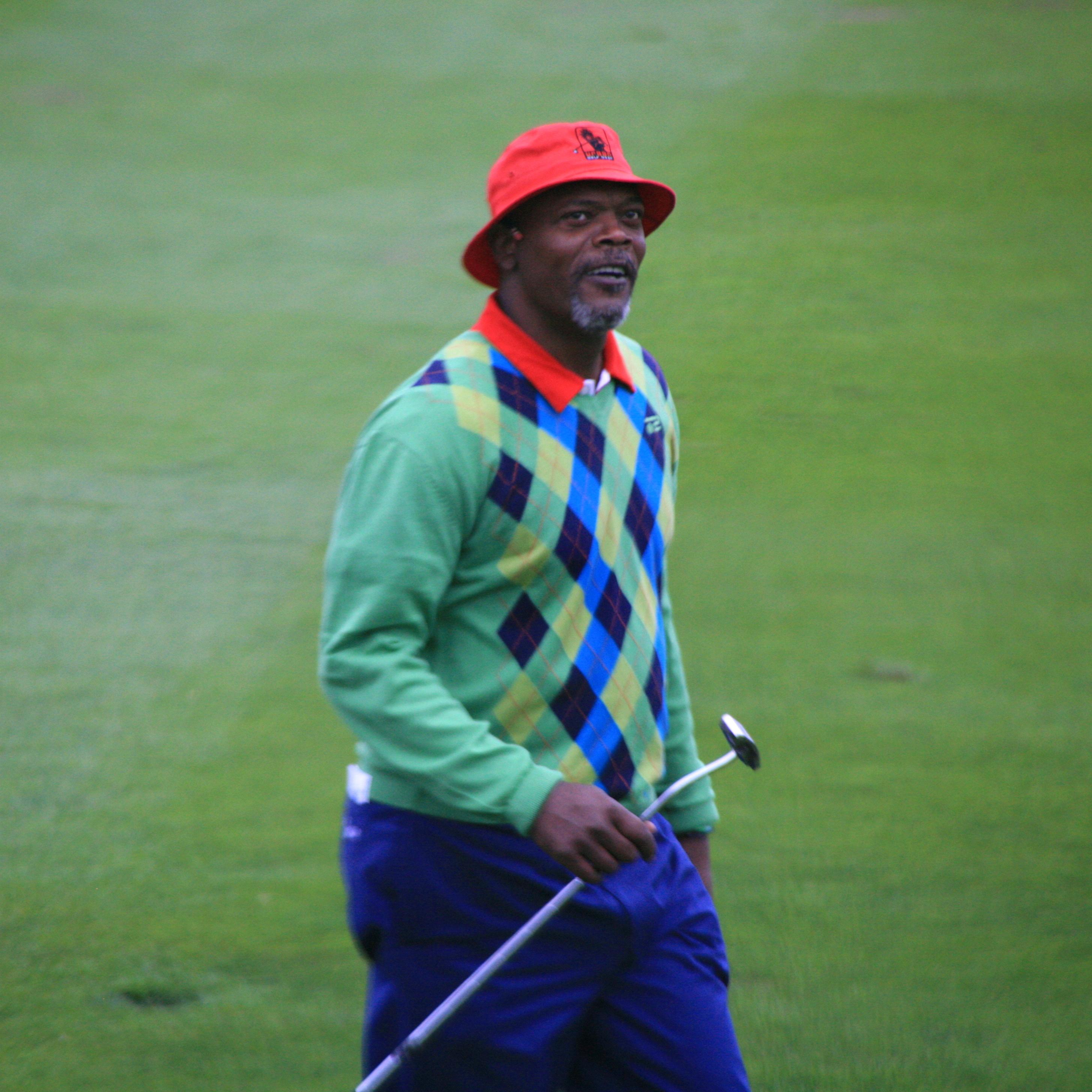 File:Samuel L Jackson golfing.jpg - Wikimedia Commons