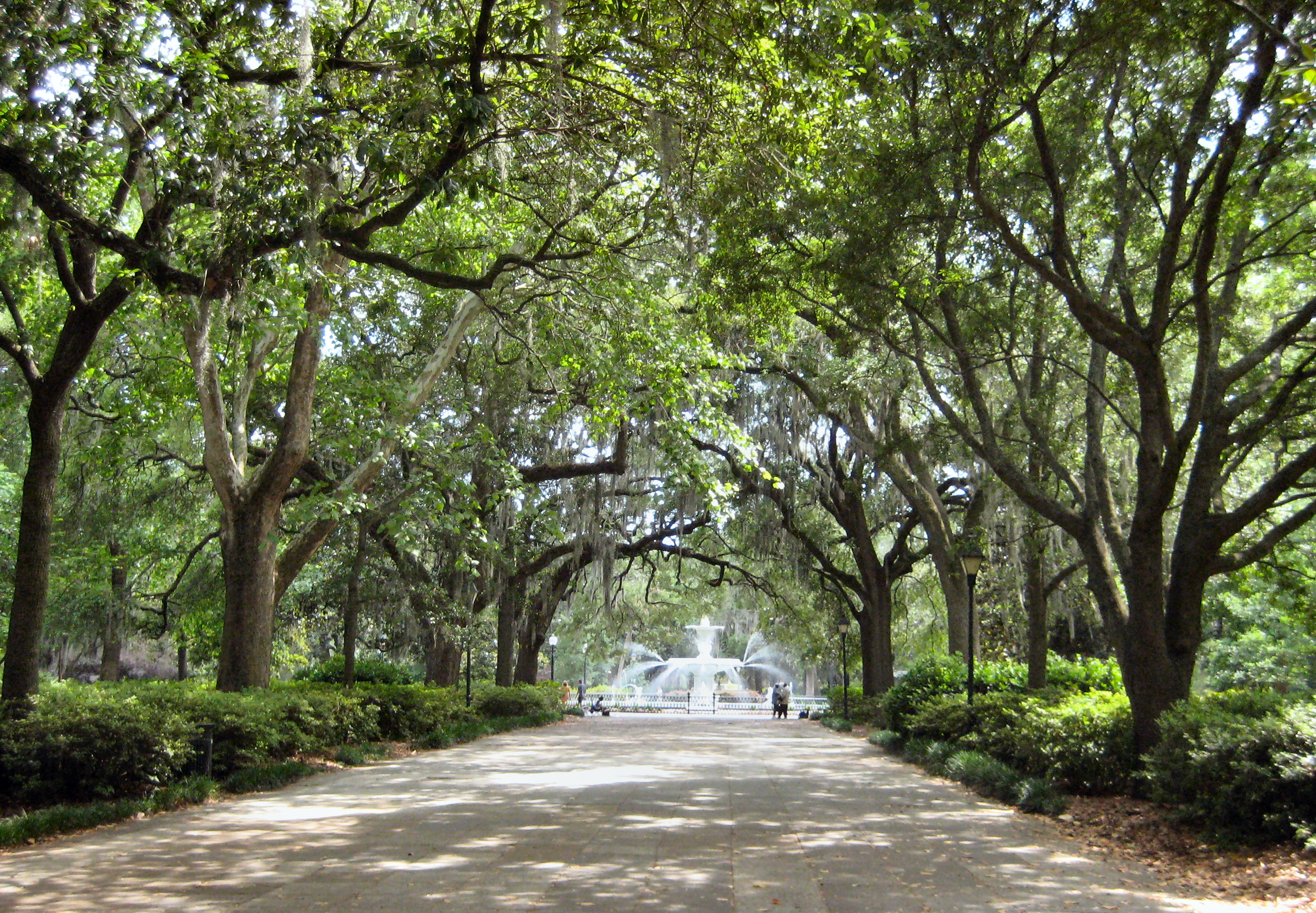 city park new orleans map with File Savannah Forsyth Park on 9729245182 additionally Showpicture also Tn Park moreover The lawn at white river state park additionally A Field Guide To Boystown.