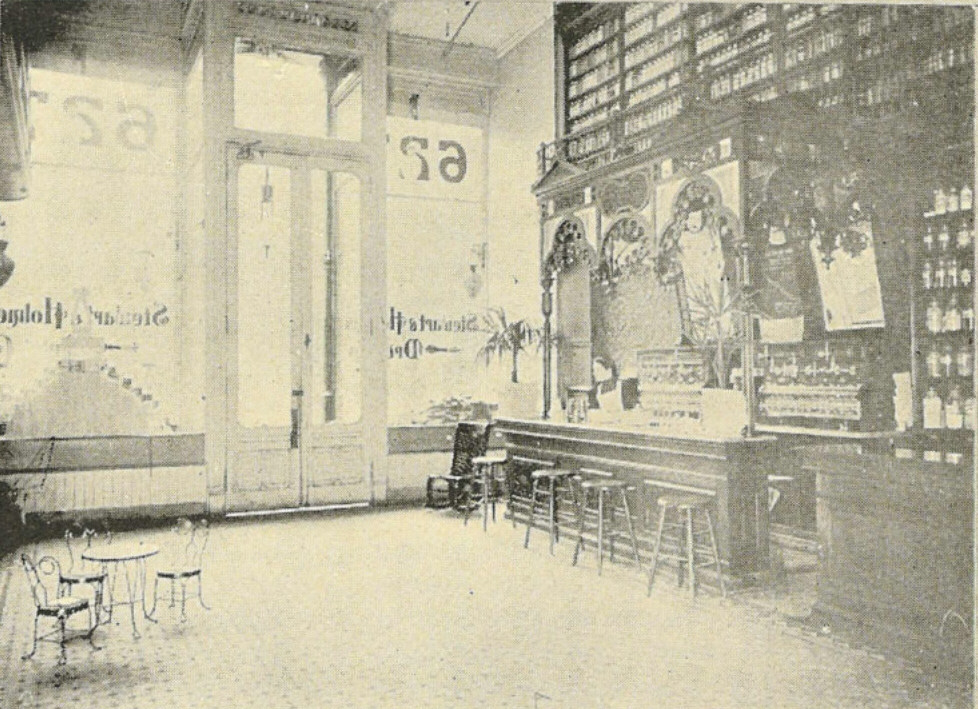 The Wholesale House >> File:Seattle - Stewart & Holmes Drug Co. soda fountain - 1900.jpg - Wikimedia Commons