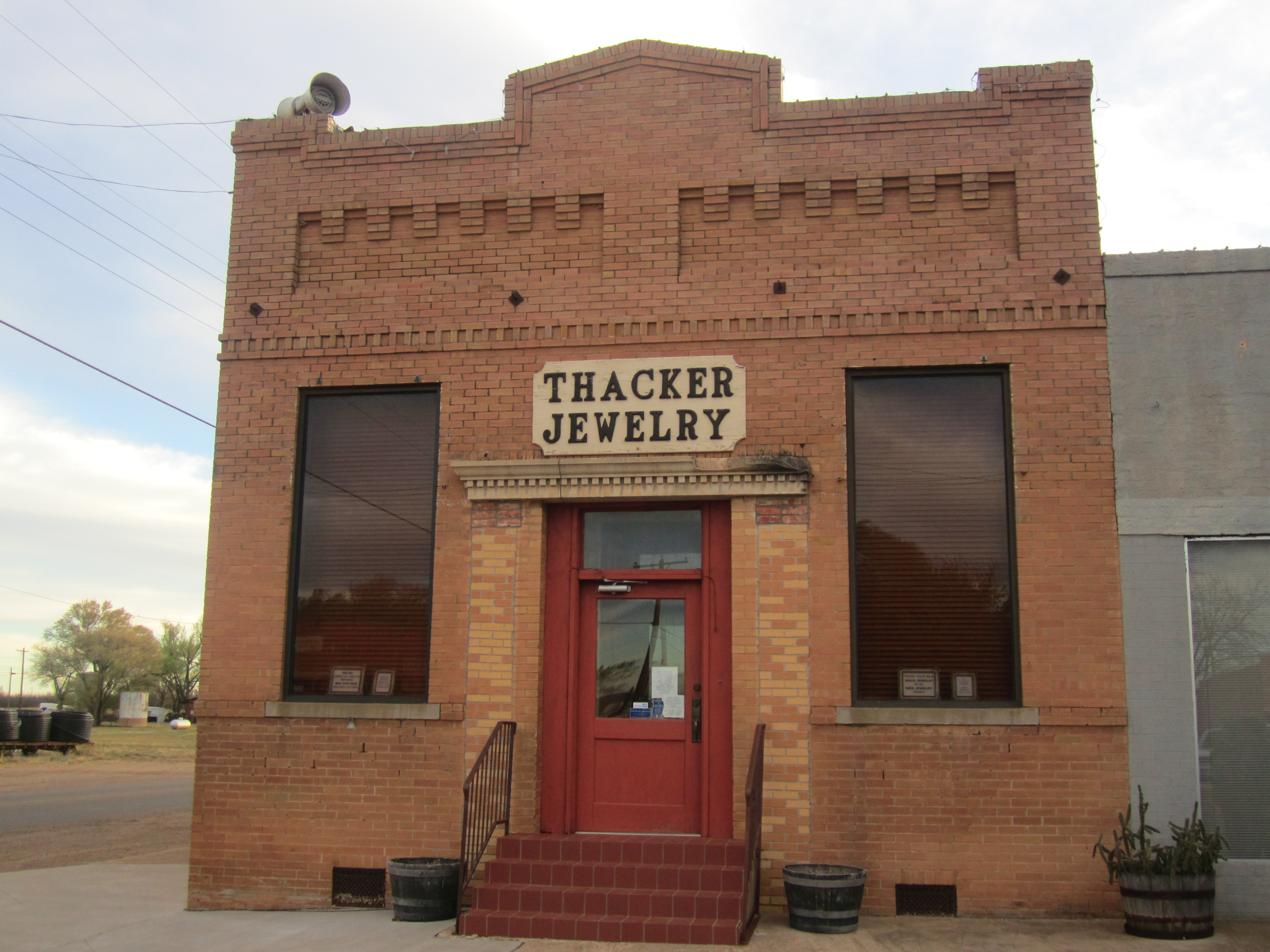 file thacker jewelry roaring springs tx img 1569 jpg