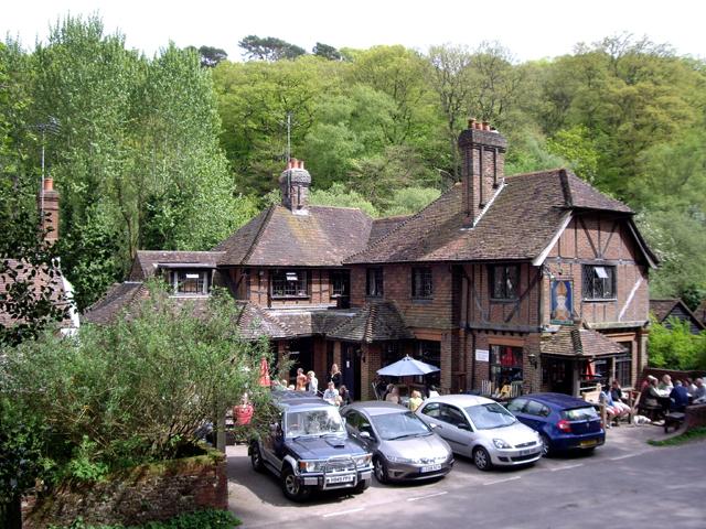 The Stephan Langton Inn, Friday Street - geograph.org.uk - 1285481