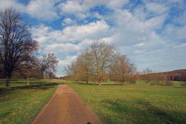 This is the private road leading to Wentworth Woodhouse - geograph.org.uk - 1052433