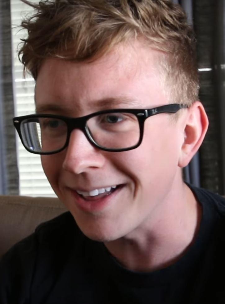Tyler Oakley - Wikipedia