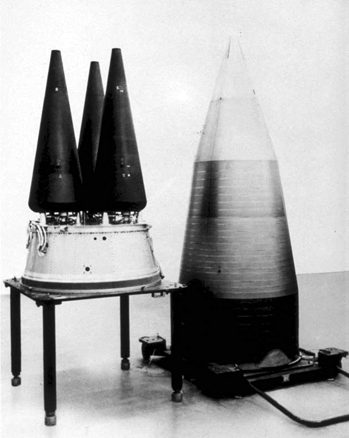 https://upload.wikimedia.org/wikipedia/commons/1/18/W78_MK12A_RV_Minuteman_III.jpg