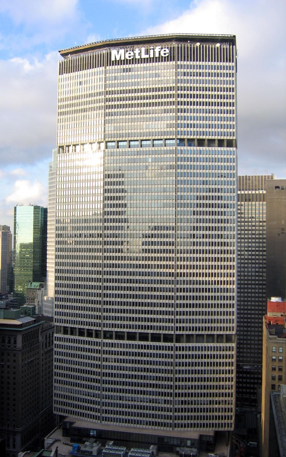 FileWalter Gropius photo MetLife Building fassade New York USA ...