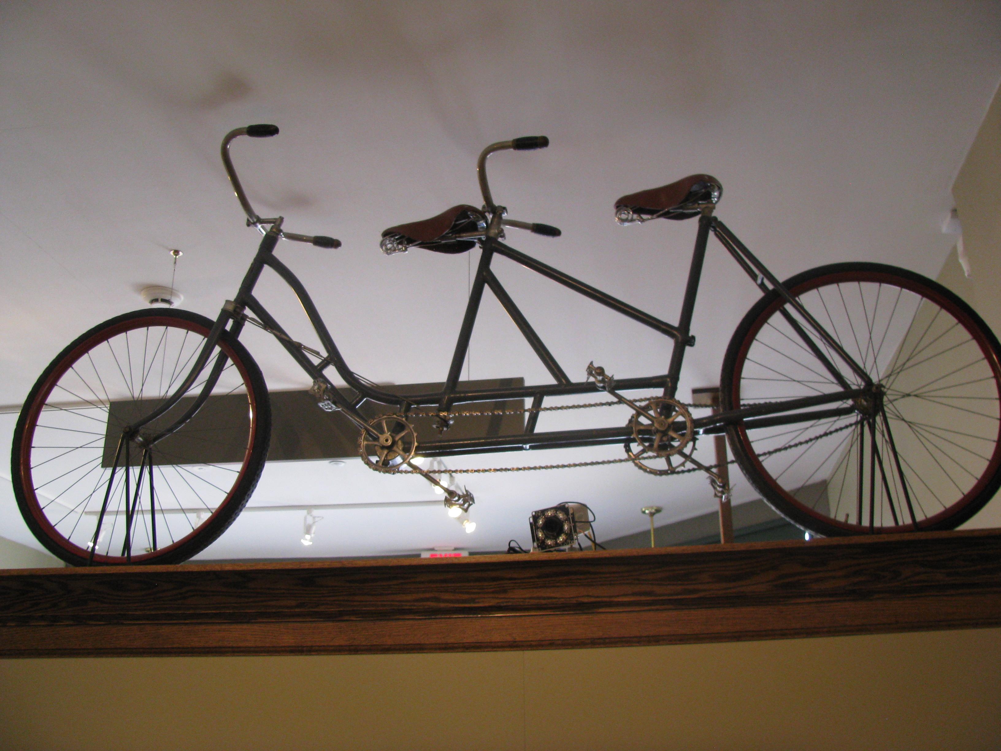 File Wright Brothers Tandem Bike Jpg Wikimedia Commons