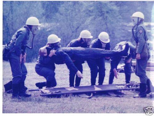 Zivilverteidigung DDR - Bergung von Verletzten