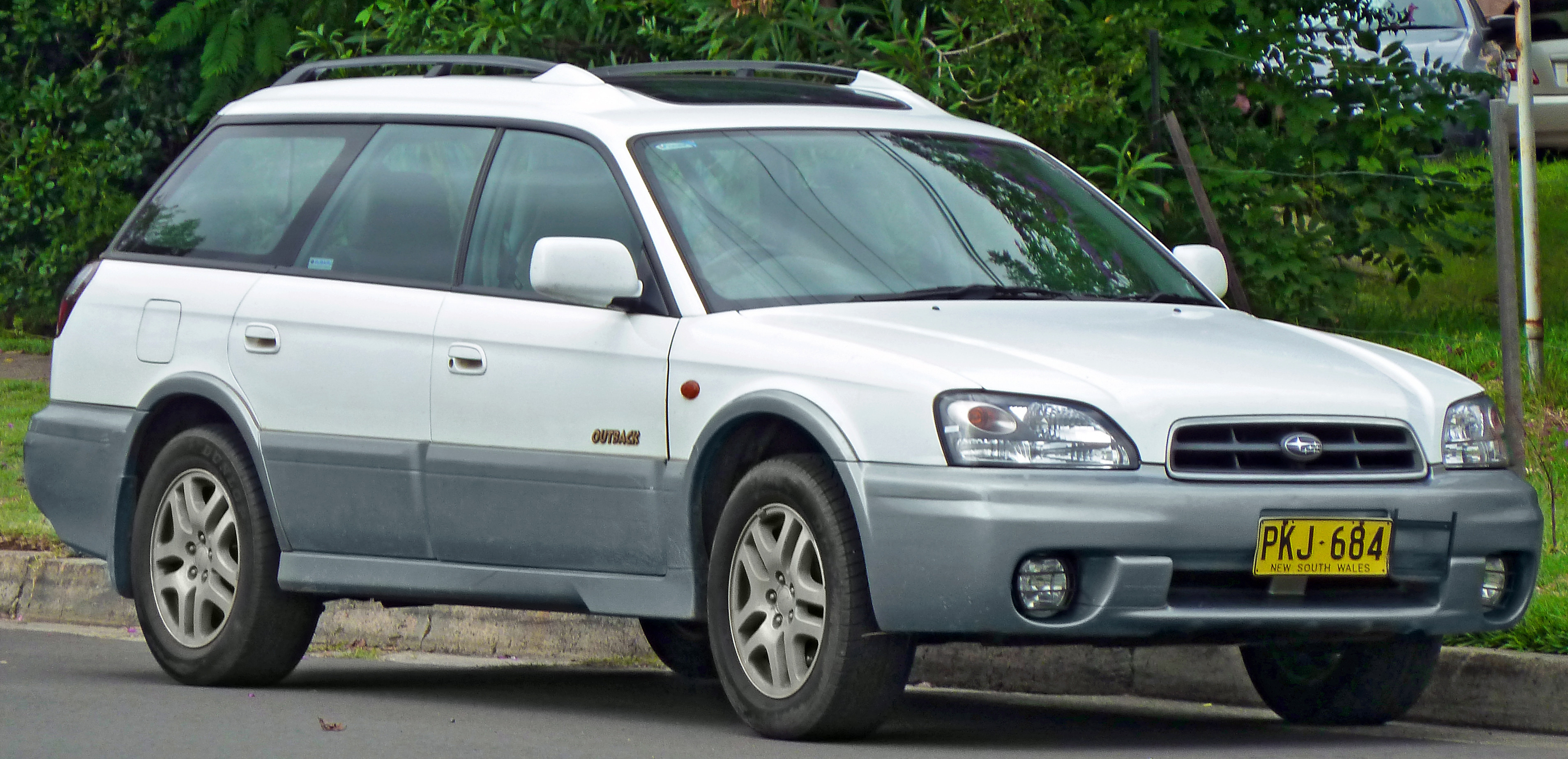 File 2001 Subaru Outback BH9 MY02 Limited station wagon