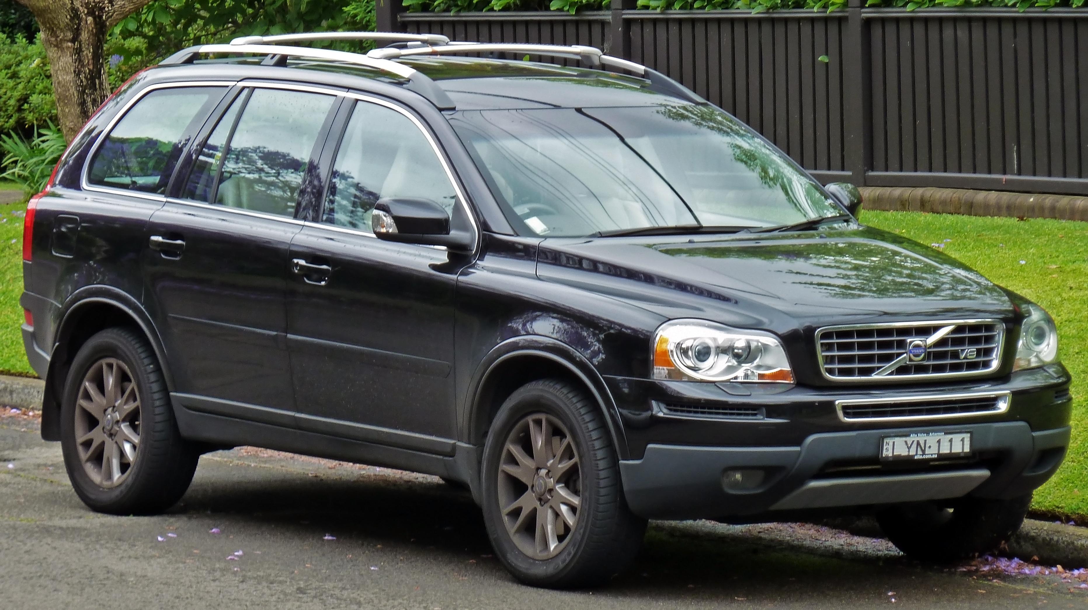 File:2006-2008 Volvo XC90 (P28) V8 wagon 01.jpg ...