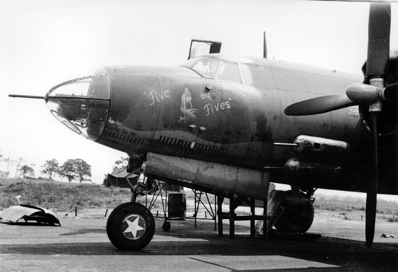 b 26 marauder pictures posters news and videos on your. Black Bedroom Furniture Sets. Home Design Ideas