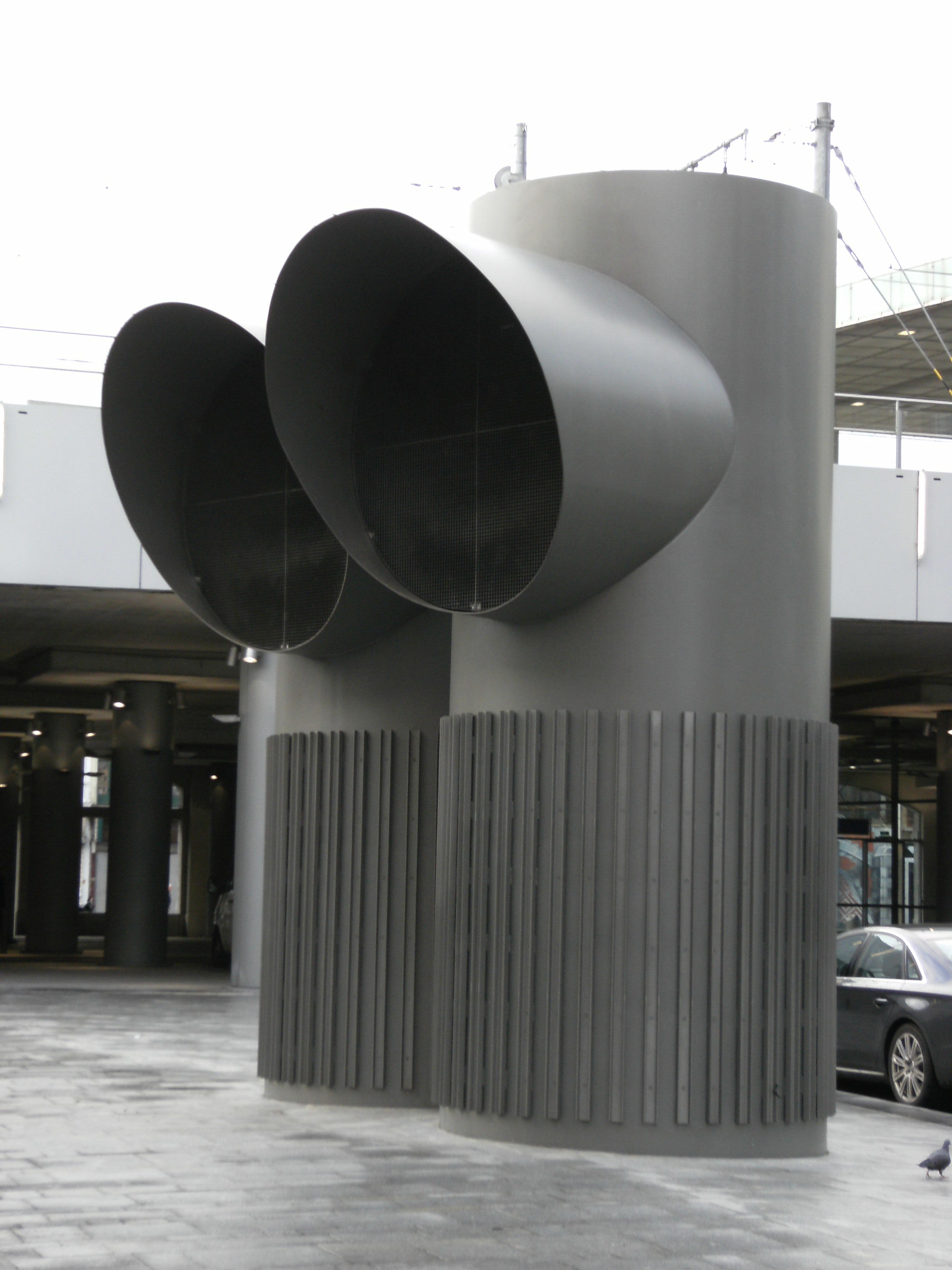 File:Air ducts Antwerpen station.jpg Wikimedia Commons  #595146