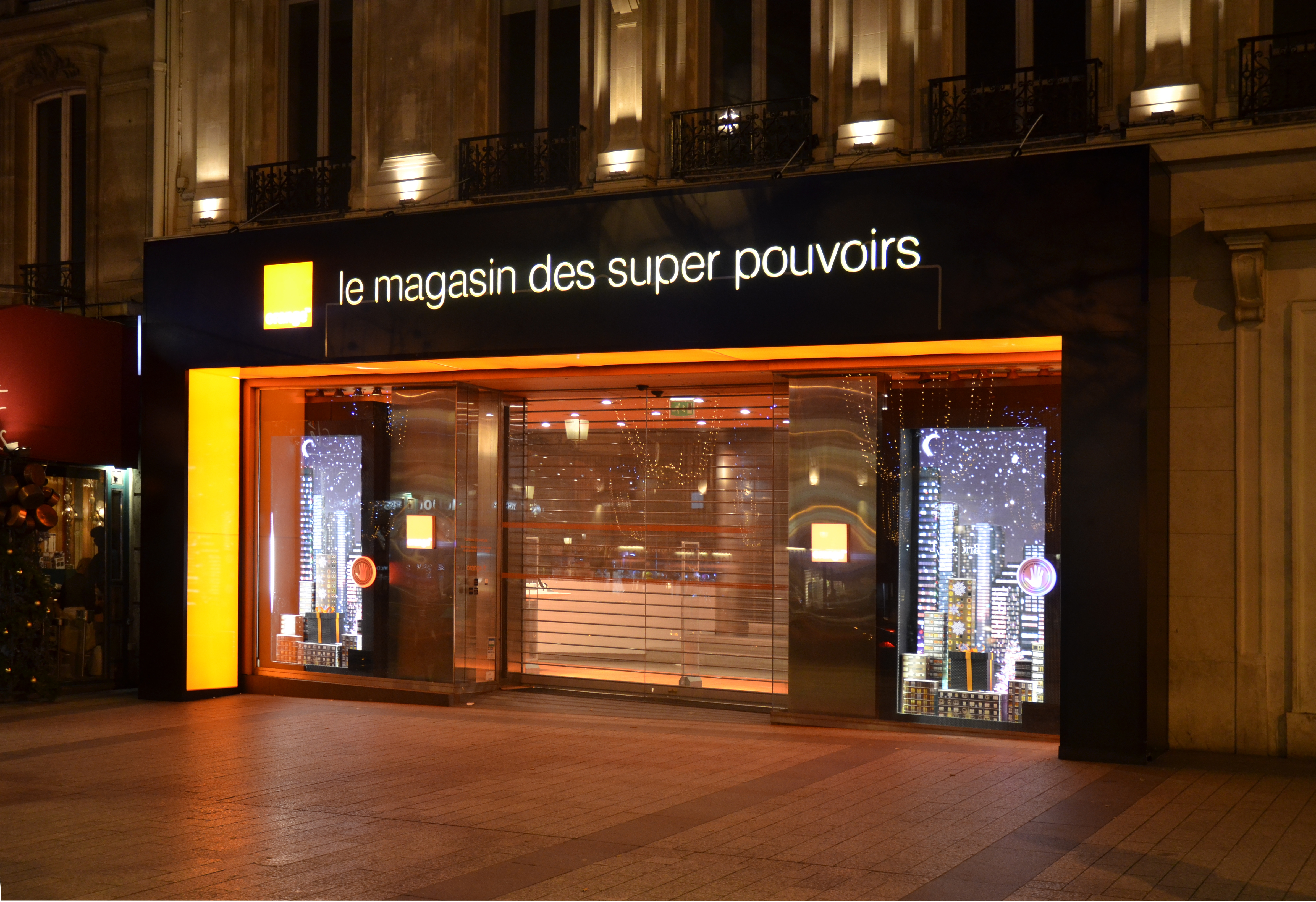 File boutique orange champs elys es - Boutique orange narbonne ...