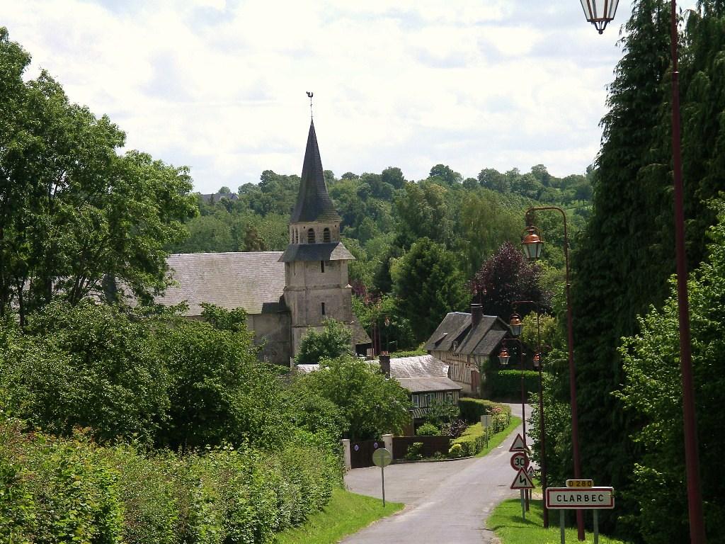Le bourg de Clarbec.