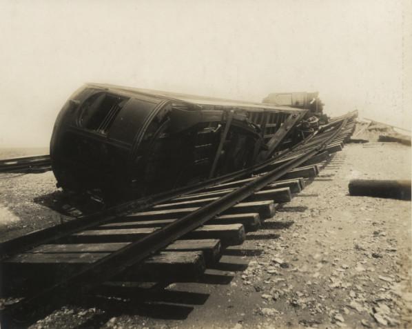 File:Close up of Interurban passenger cars off track.jpg ...