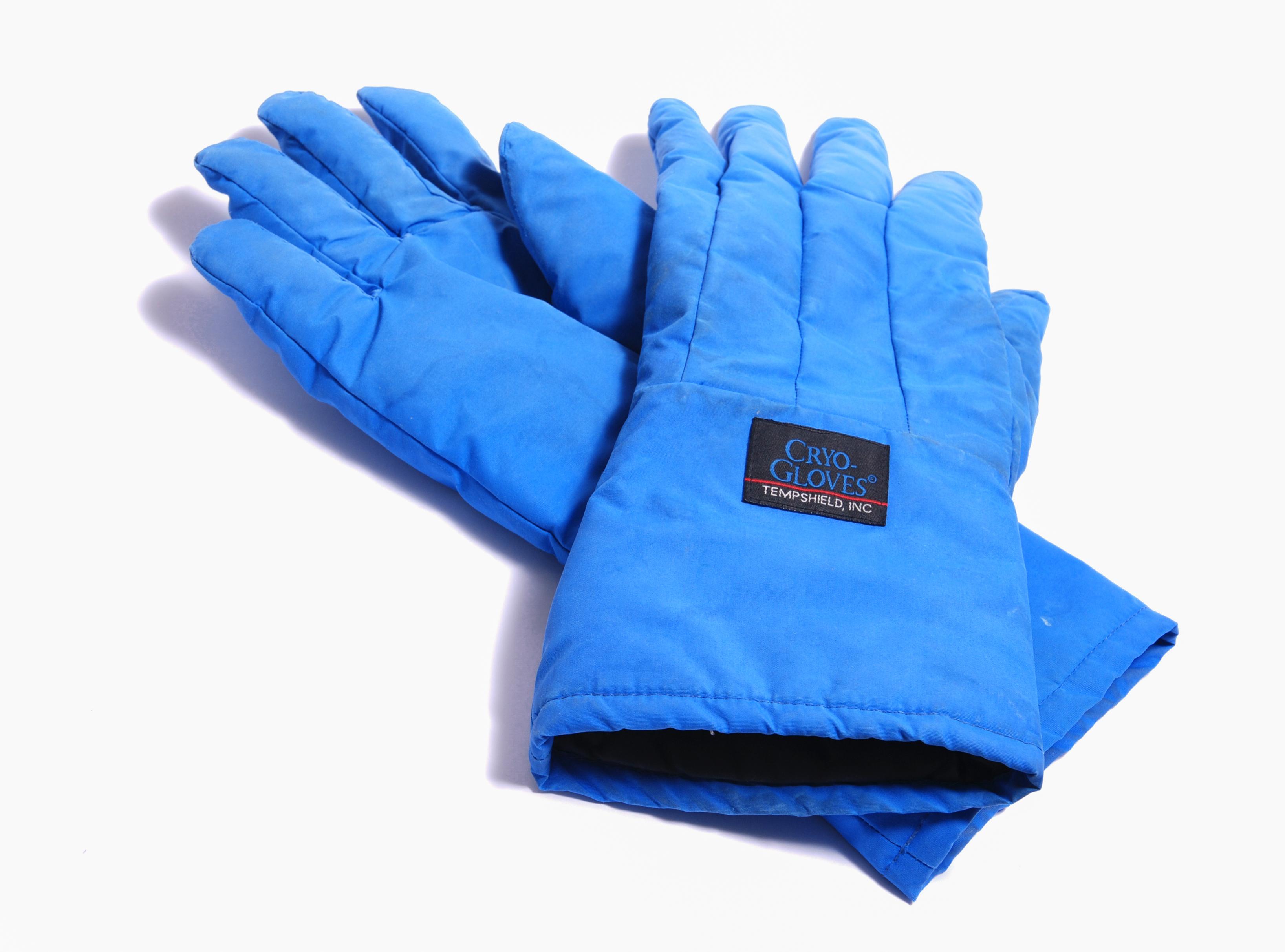 https://upload.wikimedia.org/wikipedia/commons/1/19/Cryo_protecting_gloves.jpg