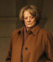 Maggie Smith vid filminspelning 2007.