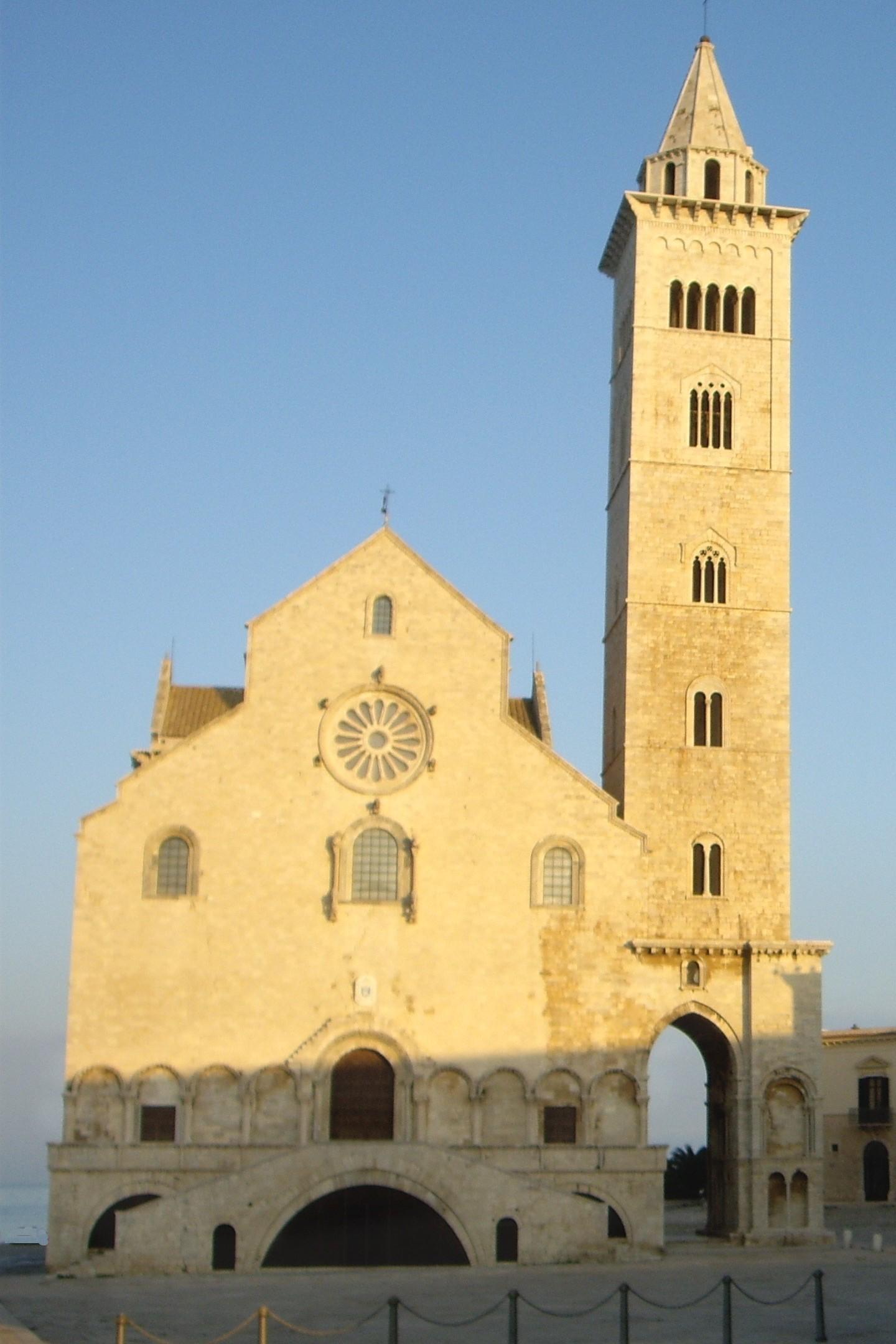 Duomo trani.jpg