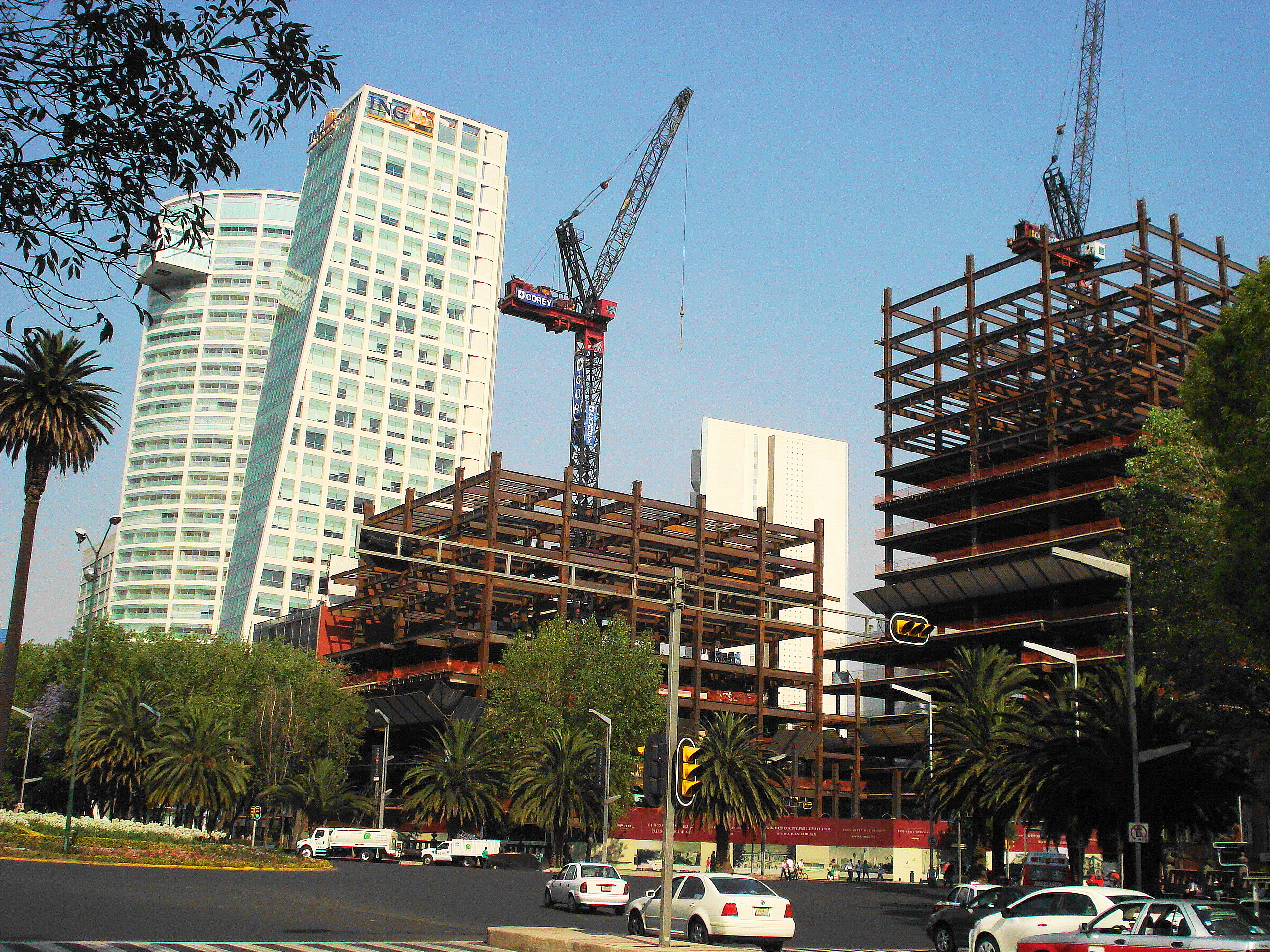 file edificios en construcci n y complejo reforma 222
