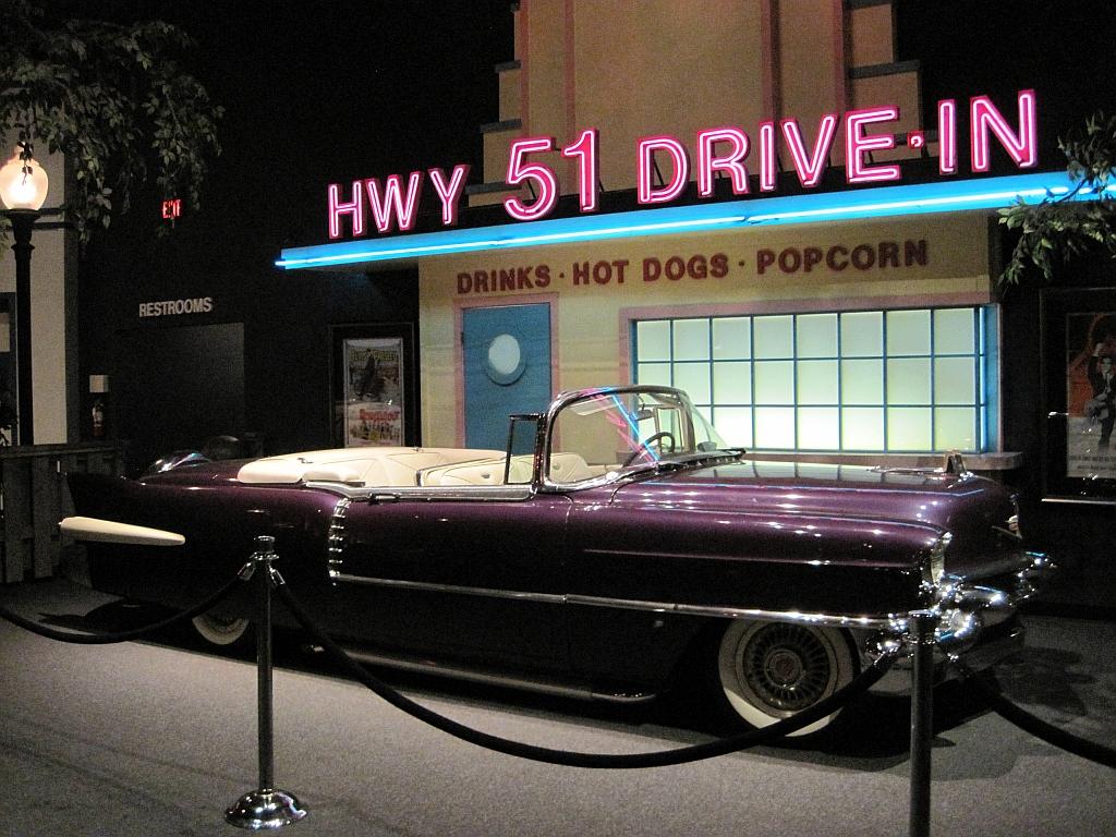 Cadillac Of Memphis >> File Elvis Presley Automobile Museum Memphis Tn 2013 03 24