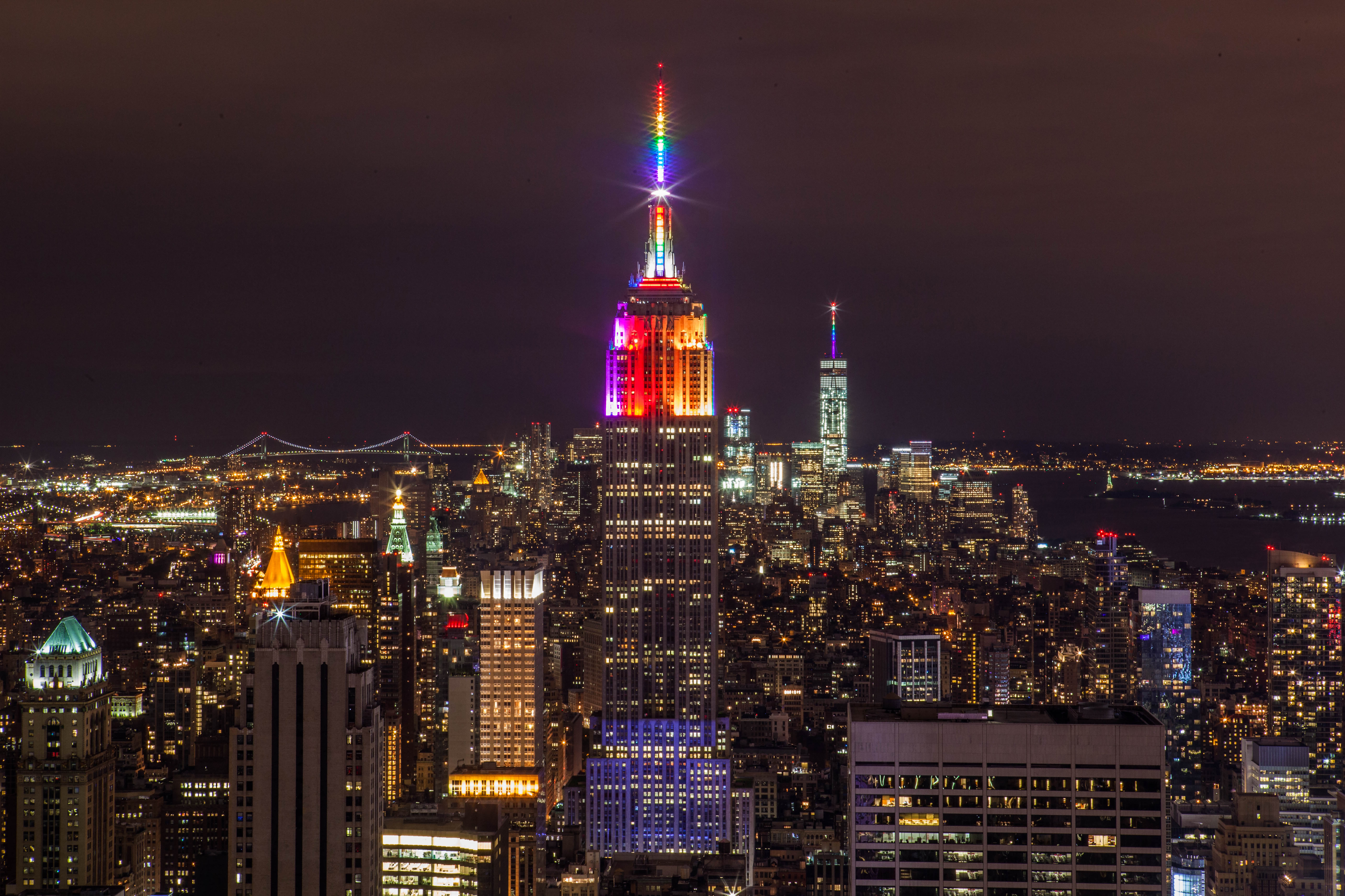 Download Wallpaper Night Empire State Building - Empire_State_Building_in_Rainbow_Colors_for_Gay_Pride_2015_%2819258537982%29  Picture-987056.jpg
