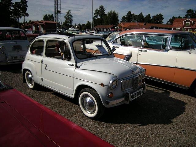 File:Fiat Classic Car Week.JPG