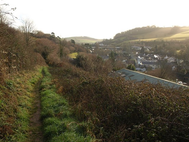 File:Footpath above Buckfastleigh - geograph.org.uk - 1124093.jpg